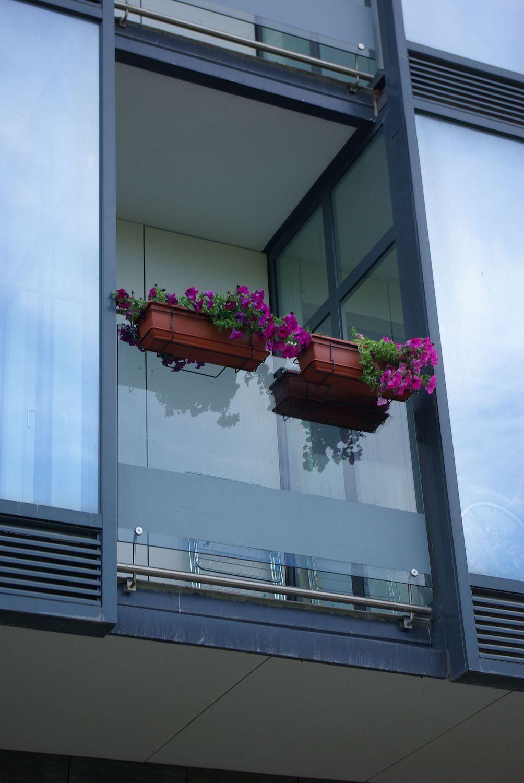 Остекление балконов лоджий алюминием, цены раздвжного остекл.